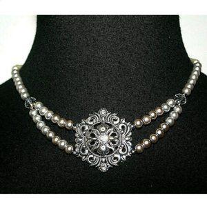 Fashion Necklace Silvertone Pendant White Gray